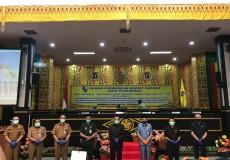 Pemerintah Kota Pekanbaru menyampaikan LKPj Kepala Daerah Kota Pekanbaru dan Ranperda Perubahan RPJMD Kota Pekanbaru 2017-2022