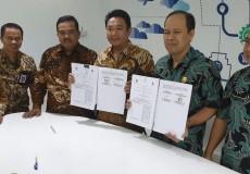 Penandatanganan MoU Pemko Pekanbaru dan Pemko Bandung dalam rangka meningkatkan Mutu SAKIP